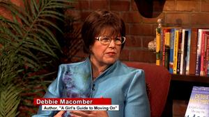 Between The Covers - Debbie Macomber