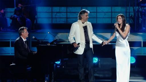 "Andrea Bocelli and Katharine McPhee sing ""The Prayer"""