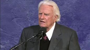 Billy Graham, 'America's Pastor,' Had Chicago-Area Ties