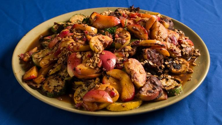 Fit to Eat: Portabella and Fresh Vegetable Plate