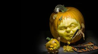 Pumpkin Sculptor Deane Arnold