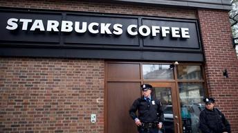 Starbucks arrests sparks outrage in Philadelphia