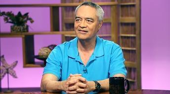 Dr. Elliot Kalauawa