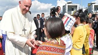 Pope Francis' delicate mission in Myanmar
