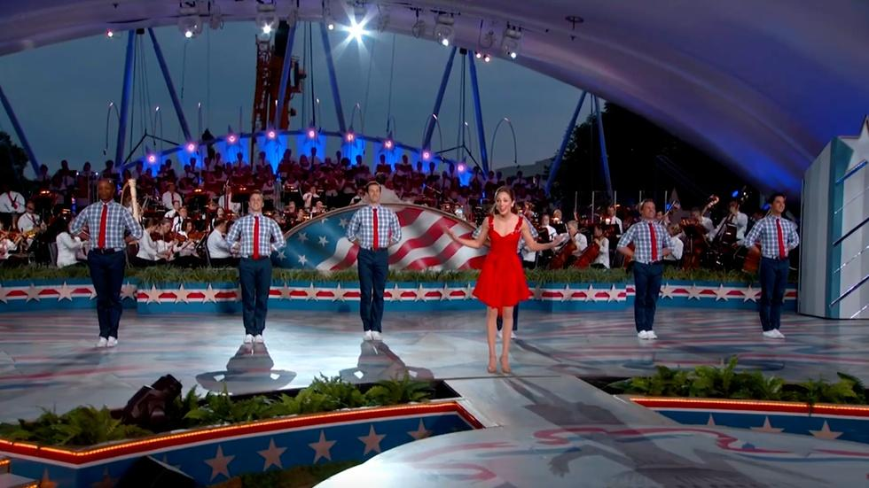 S2017: Laura Osnes Performs A Patriotic Medley image