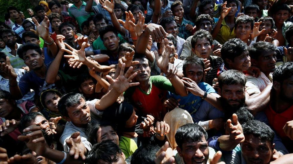 More than 400,000 Rohingya have fled to Bangladesh image
