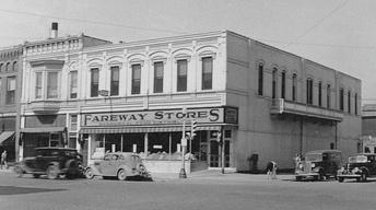Iowa Entrepreneur: Fareway & Innovative Lighting