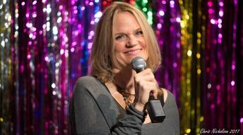 Stephanie McHugh Comedy Web Extra