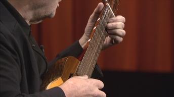"Gustavo Santaolalla Performs ""De Ushuaia a la Quiaca"""