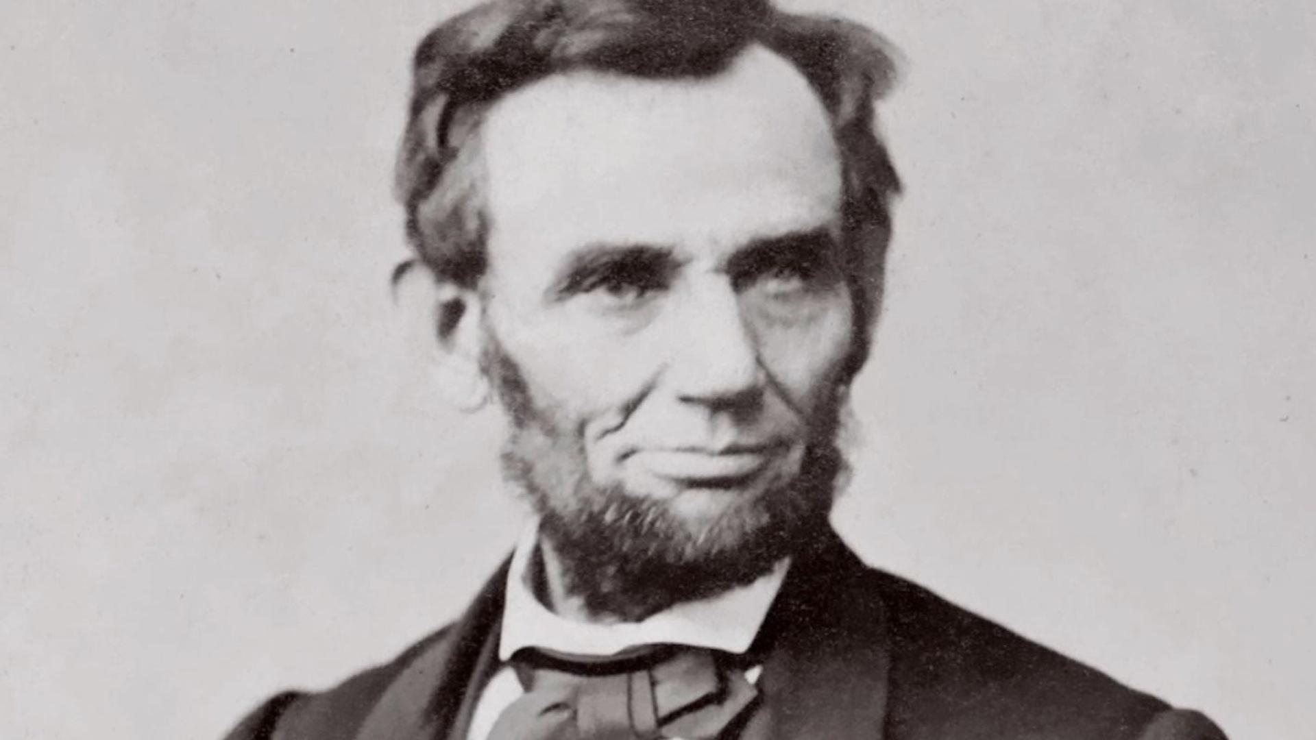 Lincoln Announces Freedom