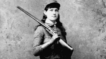 Annie Oakley Chapter 1