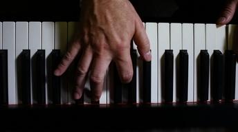 Pianist Kevin Cole Performs Marvin Medley