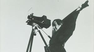 S28 Ep7: Dorothea Lange: Grab a Hunk of Lightning
