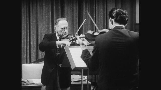 Jascha Heifetz Tests Itzhak Perlman's Skills