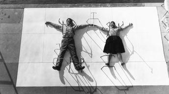 S25 Ep8: Charles & Ray Eames: The Architect and the Painter