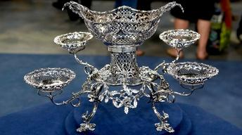 S18 Ep17: Appraisal: 1765 Thomas Pitts Silver Epergne