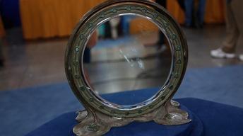 S14 Ep13: Appraisal: Tiffany Studios Peacock Mirror, ca. 190