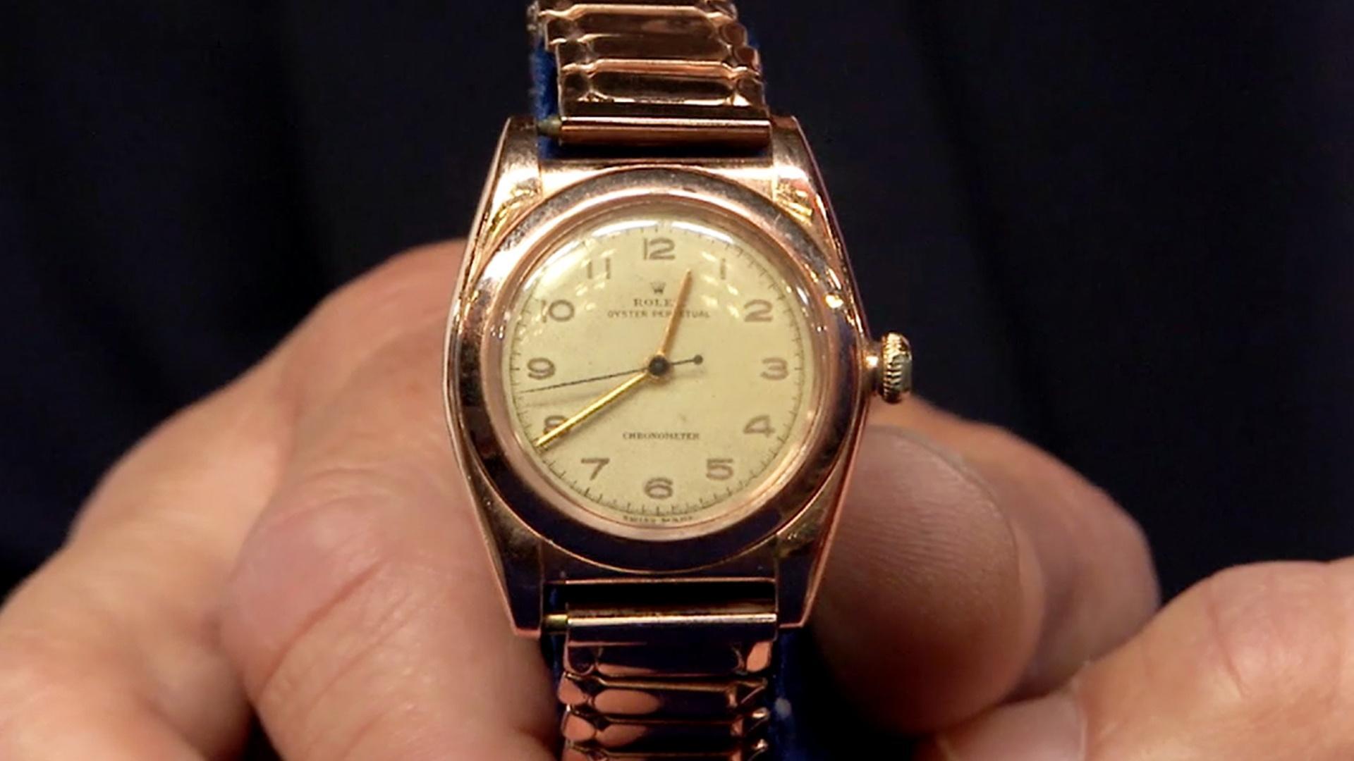 Video: S19 Ep6: Appraisal: 1947 Rose Gold Rolex Model 3131 ...