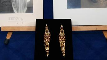 Appraisal: 18th-Century Spanish Gold & Garnet Earrings