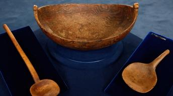 Appraisal: North Eastern American Indian Burlwood Bowl