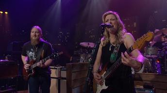 "S41 Ep13: Tedeschi Trucks Band ""Let Me Get By"""