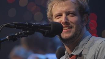 S38 Ep2: Behind the Scenes: Bon Iver