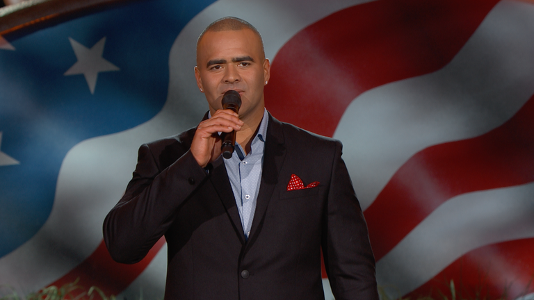 """Christopher Jackson Performs """"Can You Feel the Love Tonight"""""""