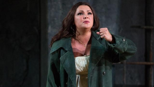 Anna Netrebko's Solo in GP at the Met: Il Trovatore