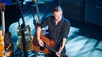 S42 Ep21: Bryan Adams in Concert: Full Episode