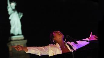 S44 Ep10: Alicia Keys – Landmarks Live in Concert Preview