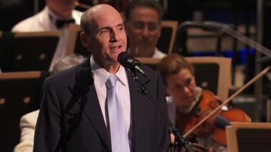 "James Taylor Performs ""Shall We Dance?"""
