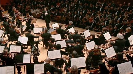 LA Phil performs An American in Paris