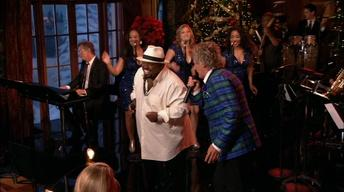 "S37: Rod Stewart and Cee Lo Green: ""Merry Christmas, Baby"""