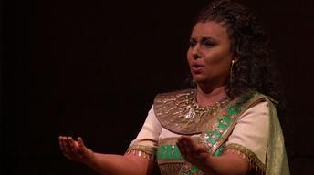 """Aida: """"I sacri nomi di padre, d'amante"""""""