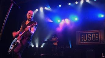 "S2014 Ep2: Daughtry Performs ""Home"""