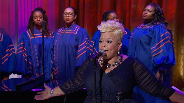 Tamela Mann Performs