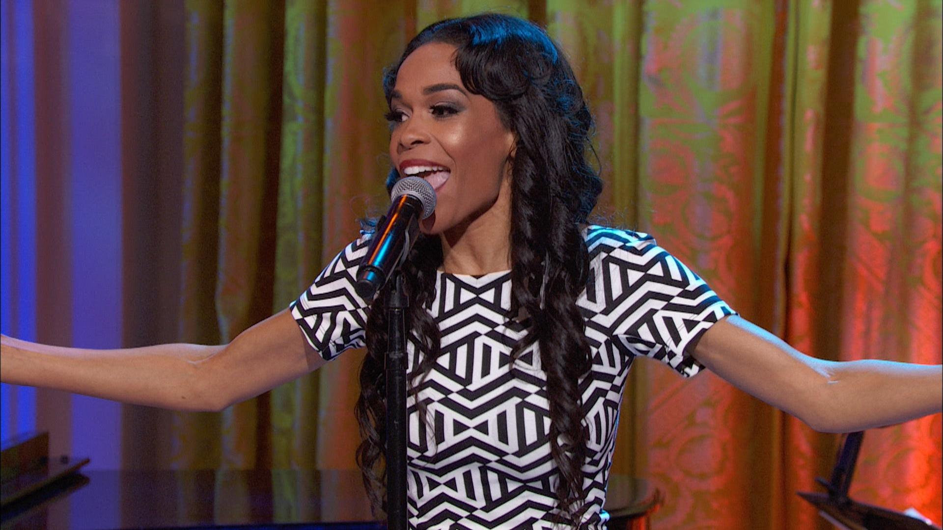 "Michelle Williams Performs ""Say Yes"""