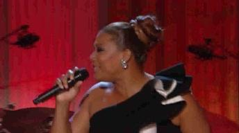 Queen Latifah Performs I Can't Stand the Rain