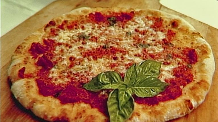 In Julia's Kitchen With Master Chefs: Pizza Margherita with Roberto Donna