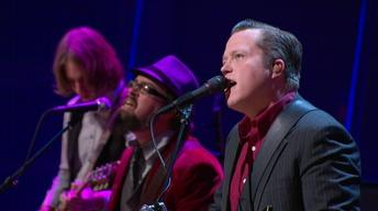 "Jason Isbell performs ""Go It Alone"""