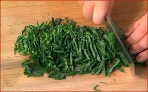How to Chiffonade Kale
