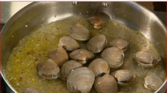Preparing Clams for Linguini with Clam Sauce