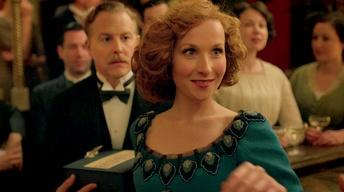 Mr. Selfridge, Season 2: Kitty and Agnes