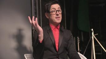 Alan Cumming Plays Two Truths & One Lie