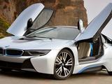 MotorWeek | 2015 BMW i8 & 2015 Lincoln MKC