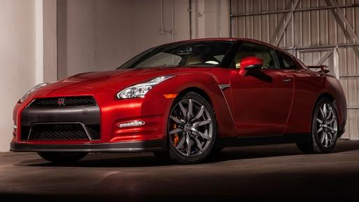 2015 Nissan GT-R & 2015 Mid-Size Sedan Challenge Video Thumbnail