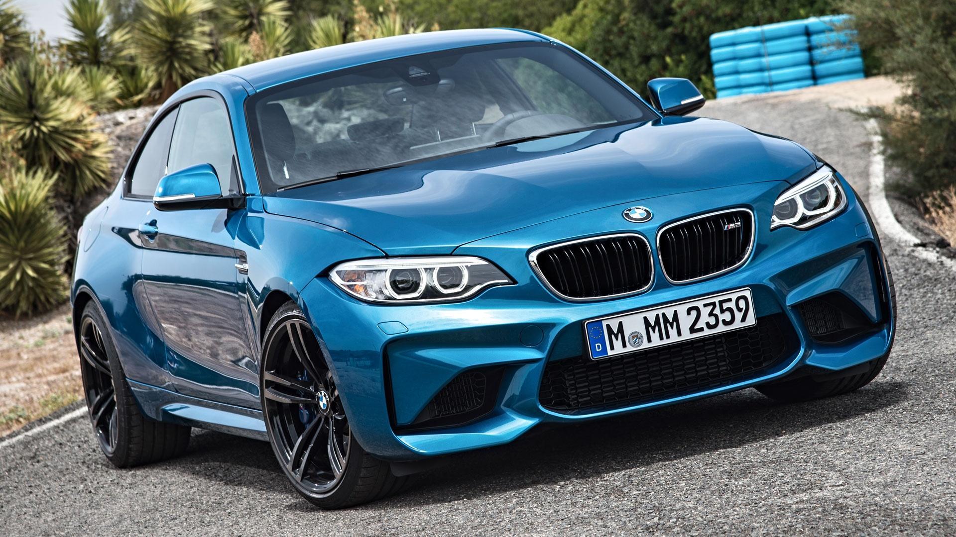 2016 BMW M2 & 2016 Buick Cascada