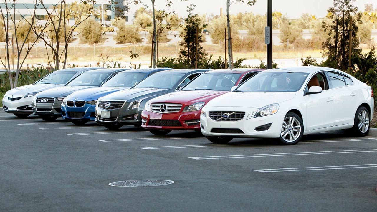 $46K Sport Sedan Shootout & 2013 Chevrolet Traverse/Buick En image