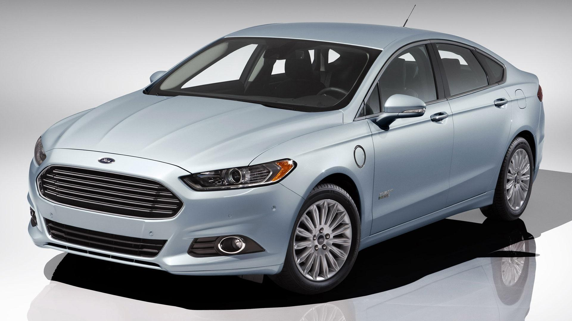 2013 Ford Fusion Energi & 2013 Chevrolet Traverse/Buick Encl image