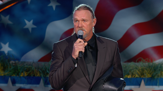 "Trace Adkins Performs ""Arlington"" at the 2016 Concert"